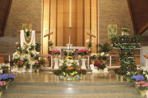 Easter flowers at Emmaus